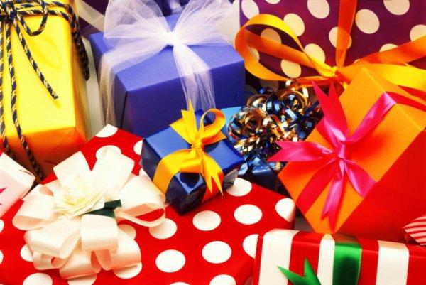 Что подарить ребенку на 3 года на новый год в детском саду